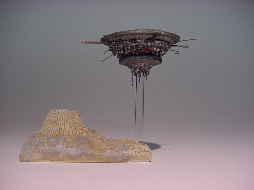 Close Encounters Mothership Mini Model Kit Yay Monsters